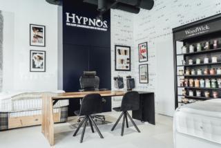 Projektowanie wnętrz biur isalonów sprzedaży. Hypnos Bed Polska.